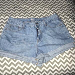 Woman's denim shorts